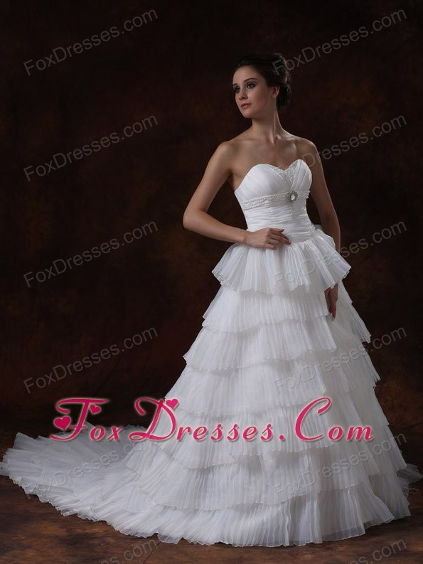 Sweetheart Layer A-Line Chapel Train White Beaded Wedding Dress