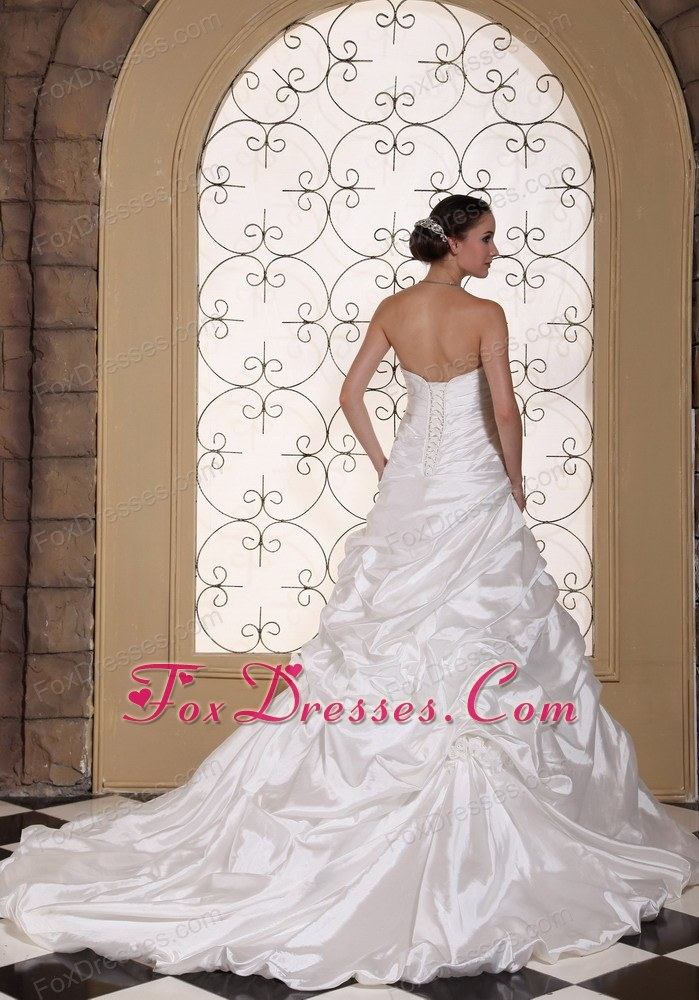2013 best bridal dress for wedding party