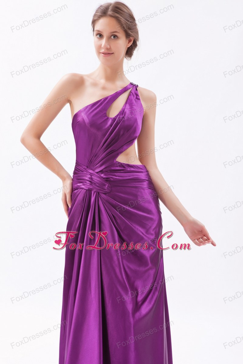 evening formal gown sleeveless unique in winter