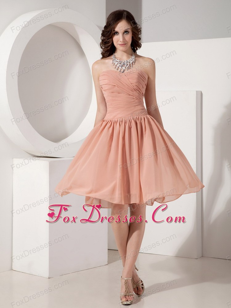 Sweetheart Knee-length Ruched Cocktail Dress