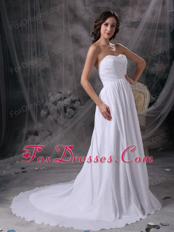 2015 2016 the hunger games wedding dress with court train