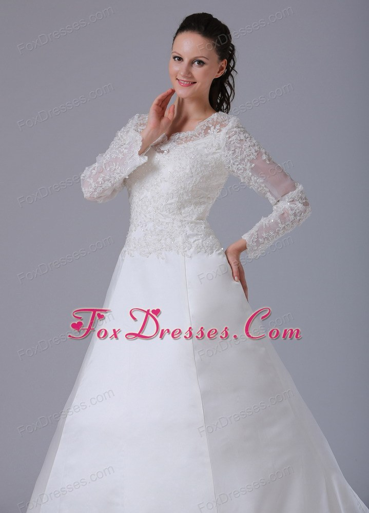 zipper up bridals wedding dress for heterosexual wedding