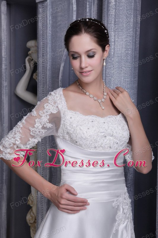 modest wedding dress for the beautiful bride