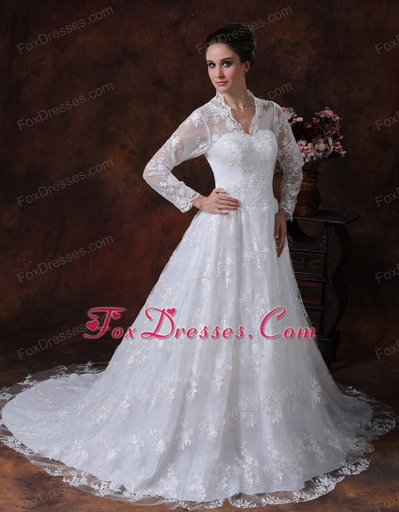 Lace Covered Princess V-neck Wedding Dress Long Sleeves