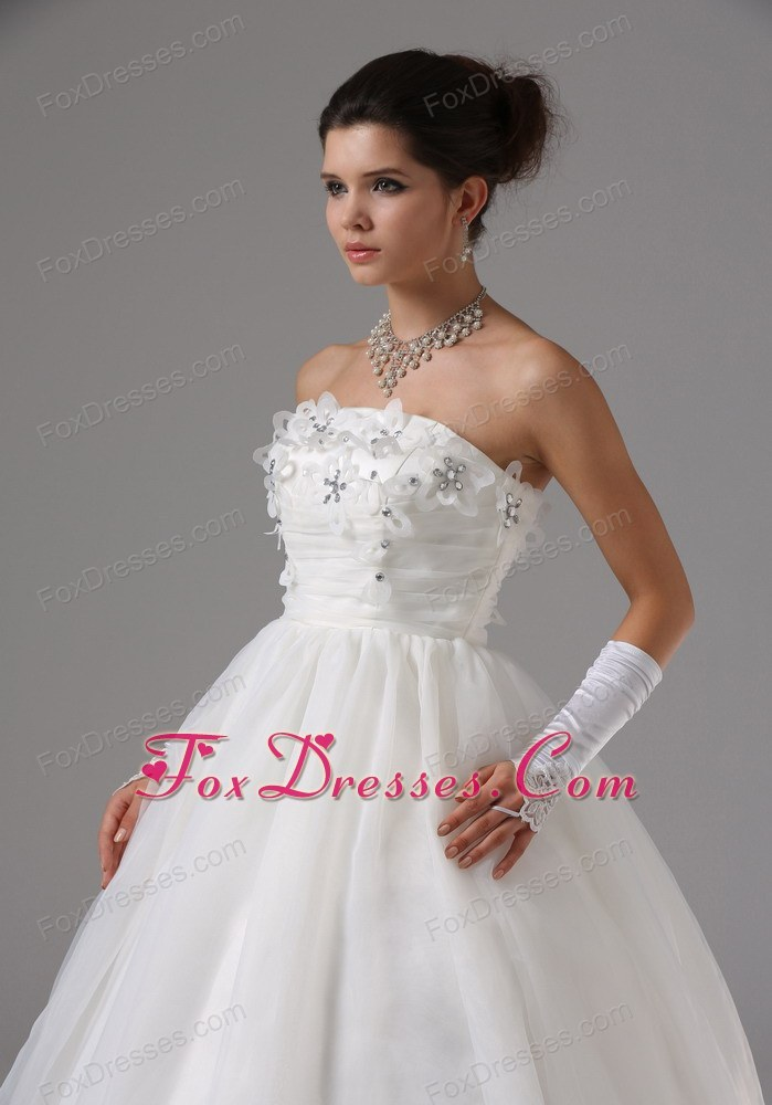 dressed to kill sleeveless wedding dress