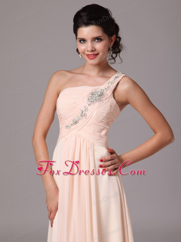luxurious pageant dresses