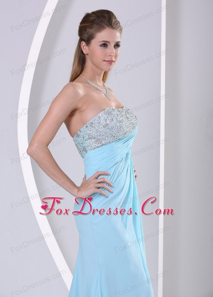 elegant outdoor prom pageant dress