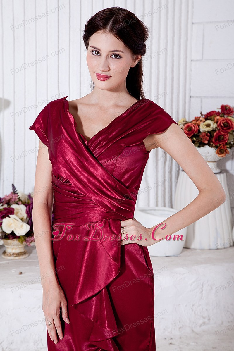 knee length wine red mother dress with v neckline