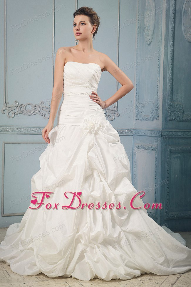 wedding gown latest destination