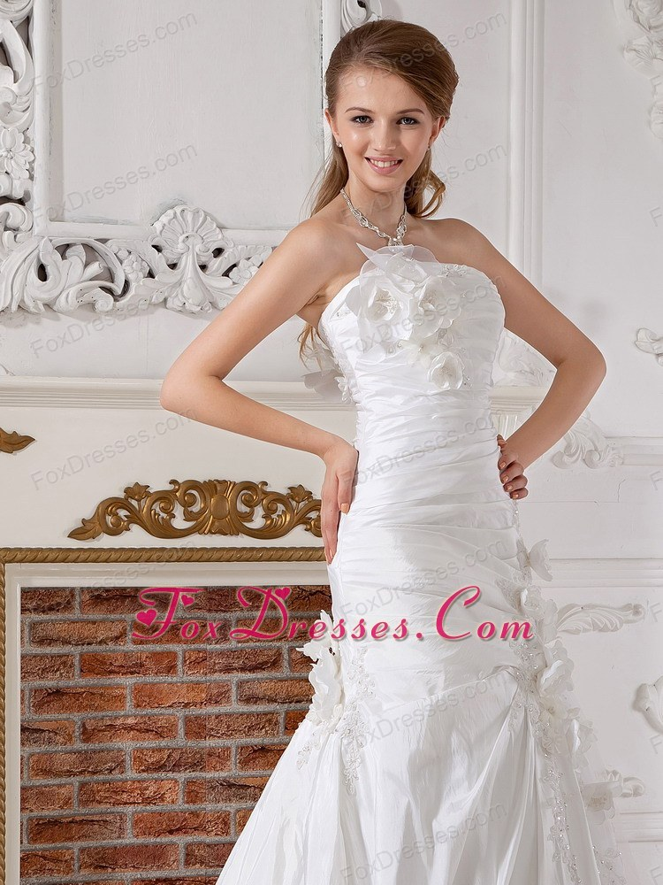 summer long high class strapless bridal dress