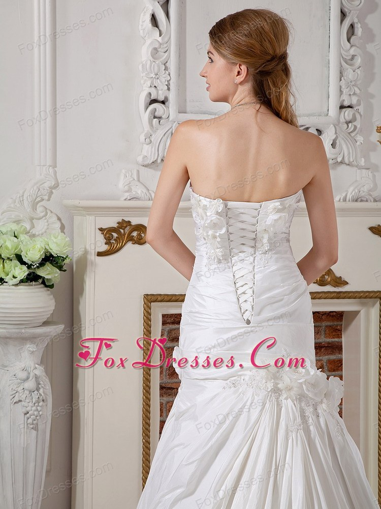 spring prom wedding gowns with hand made flower