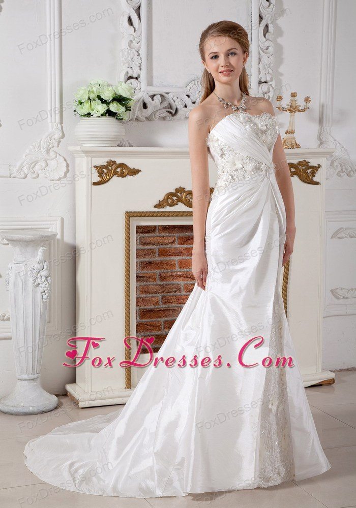 autumn court train wedding dresses