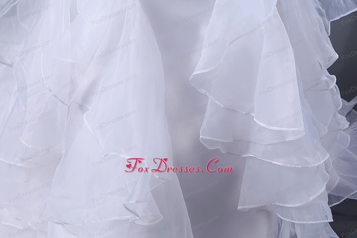 qualitied satin and organza wedding gown dresses in winter