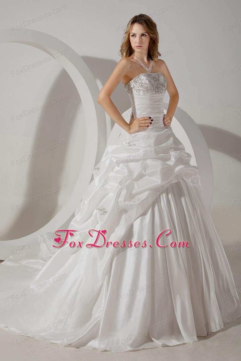 2013 the most fashionable bride dress under 250