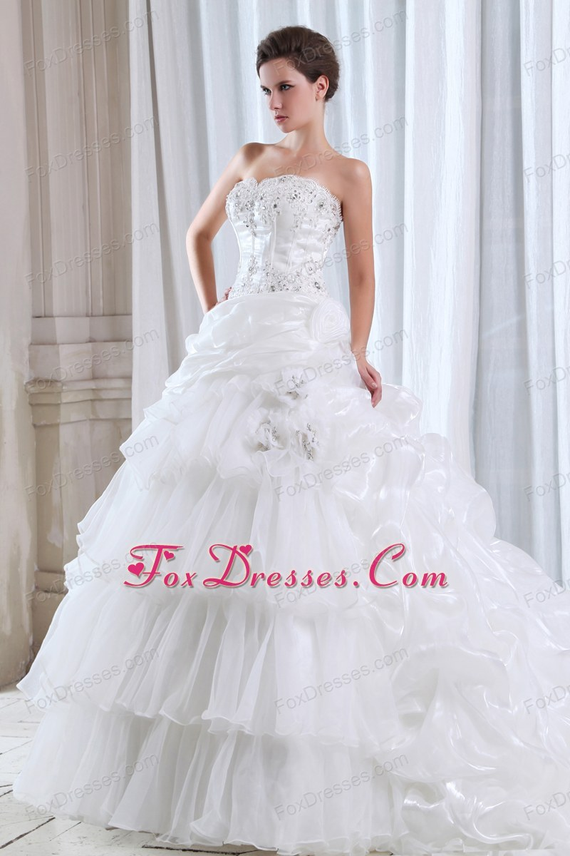 Strapless Beading Appliques Popular Wedding Dress Court
