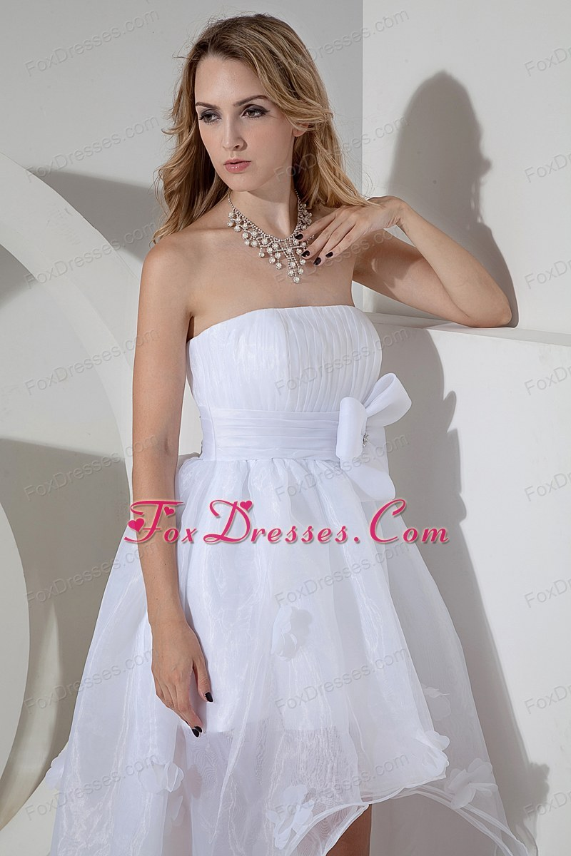 exquisite bridal wedding dress for wedding anniversary